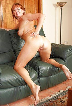 Knees Porn
